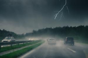 zaibas automobiliai padangos apsauga
